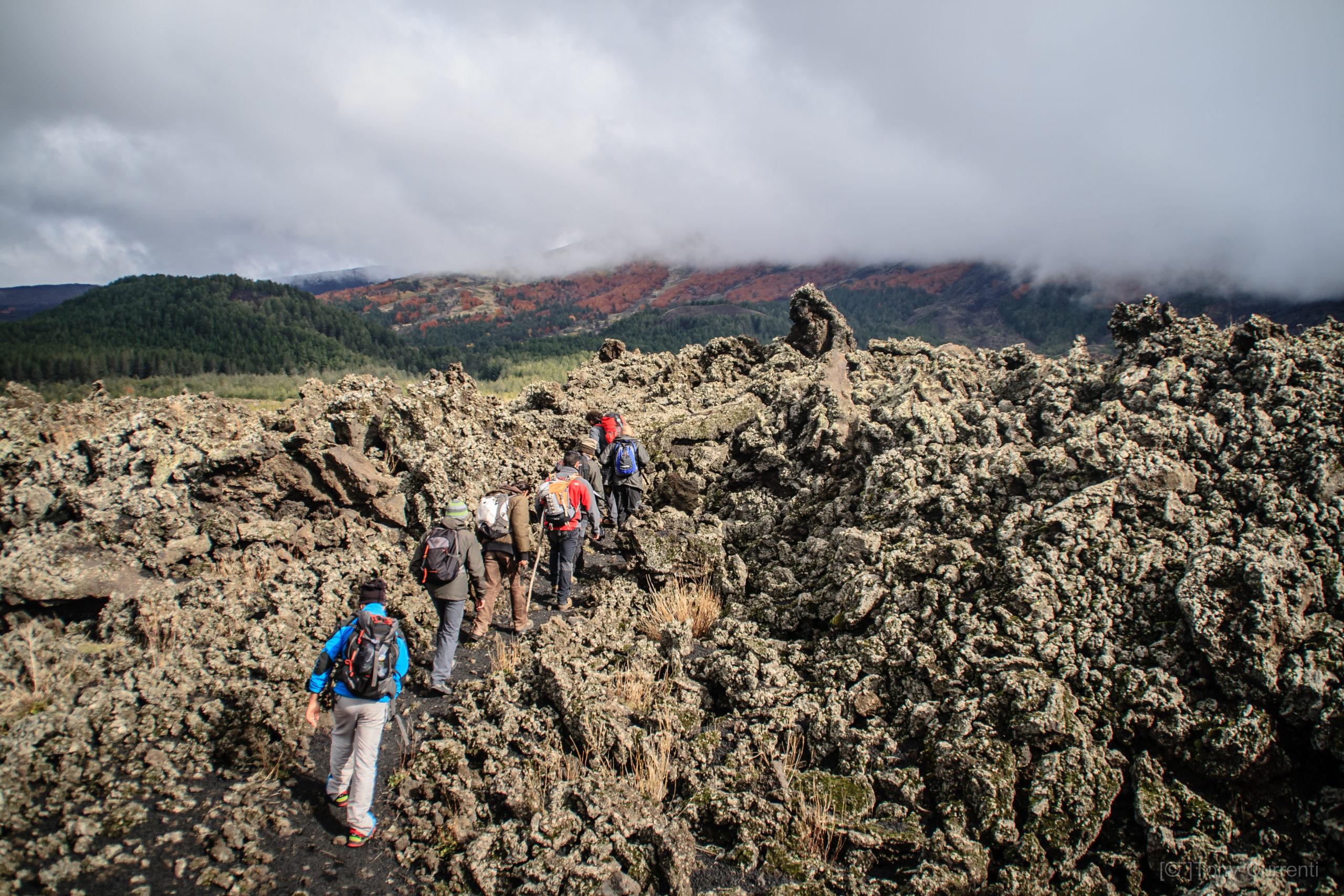 Etna rifugi, trekking etna, etna escursioni 2 giorni